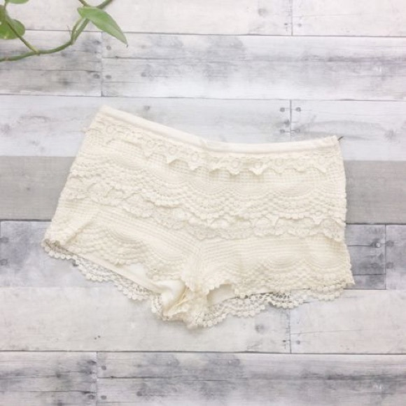 Urban Outfitters Pants - 🌟Urban Outfitters Lace Shorts🌟